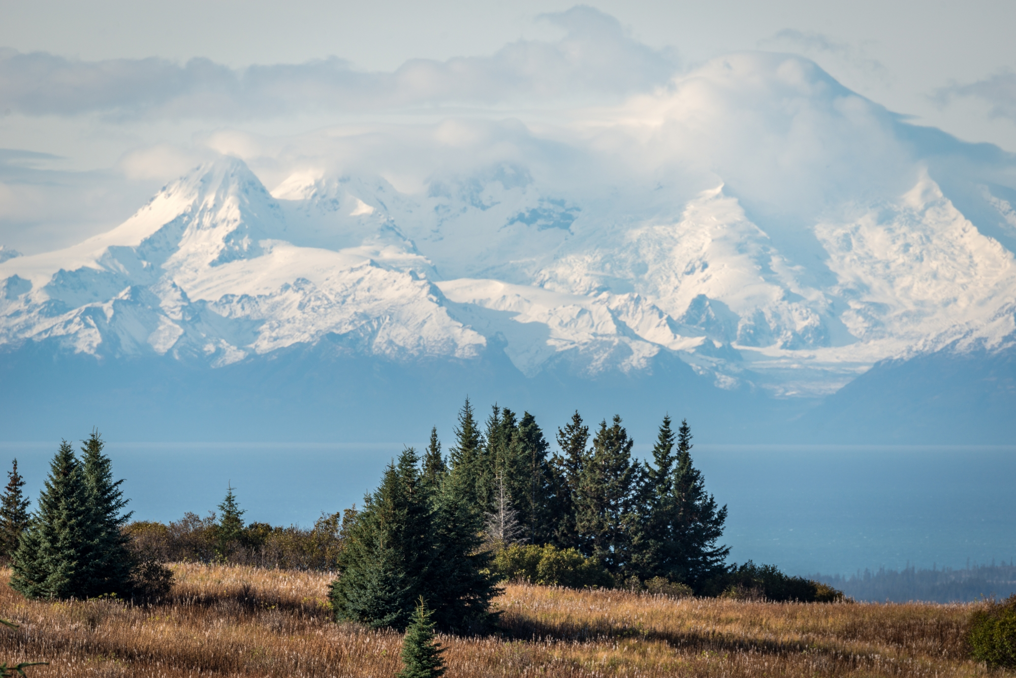 DSC9232 - a beautiful view of the mountains west of Homer, Alaska