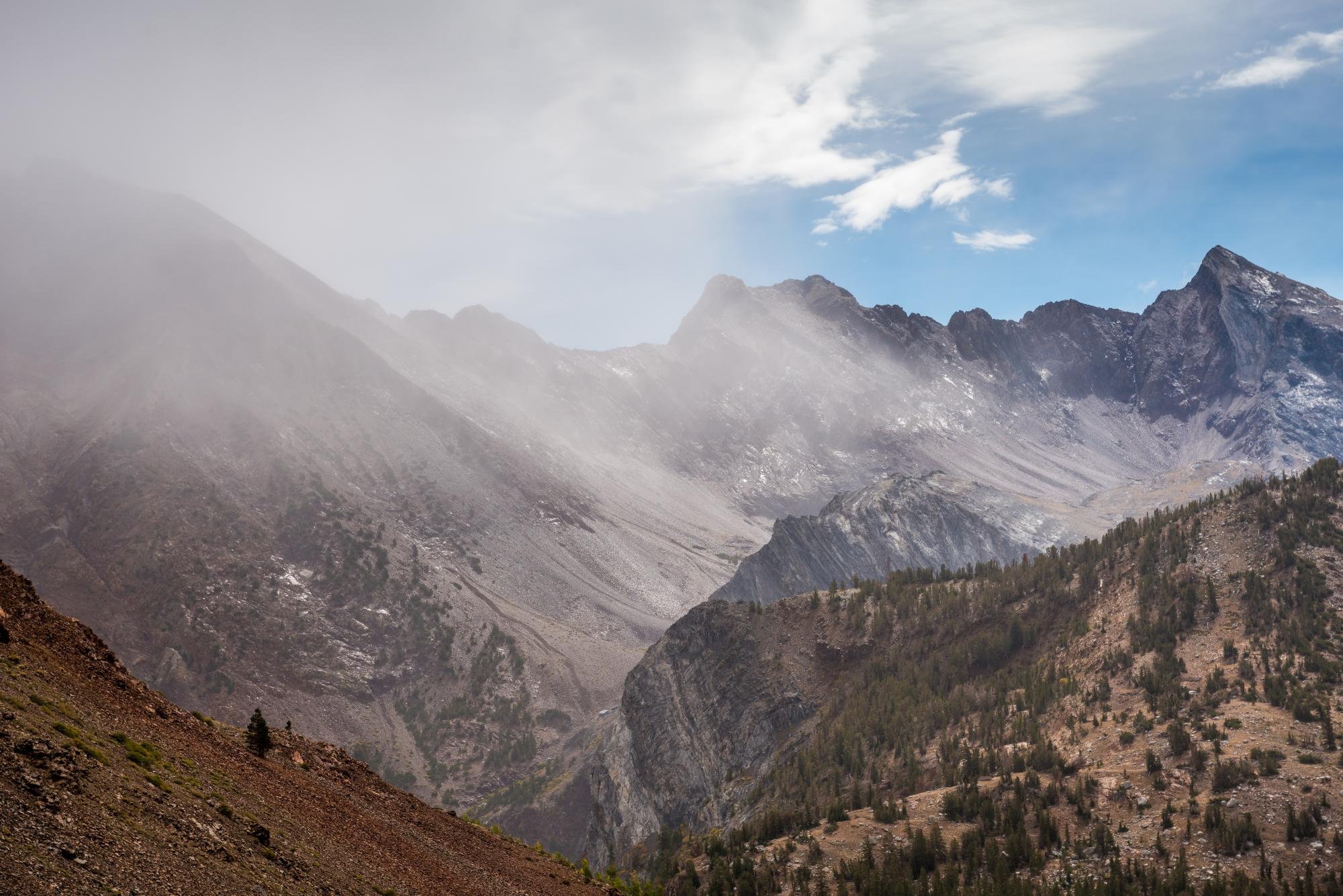 DSC4519 - Mountain Showers in John Muir Wilderness