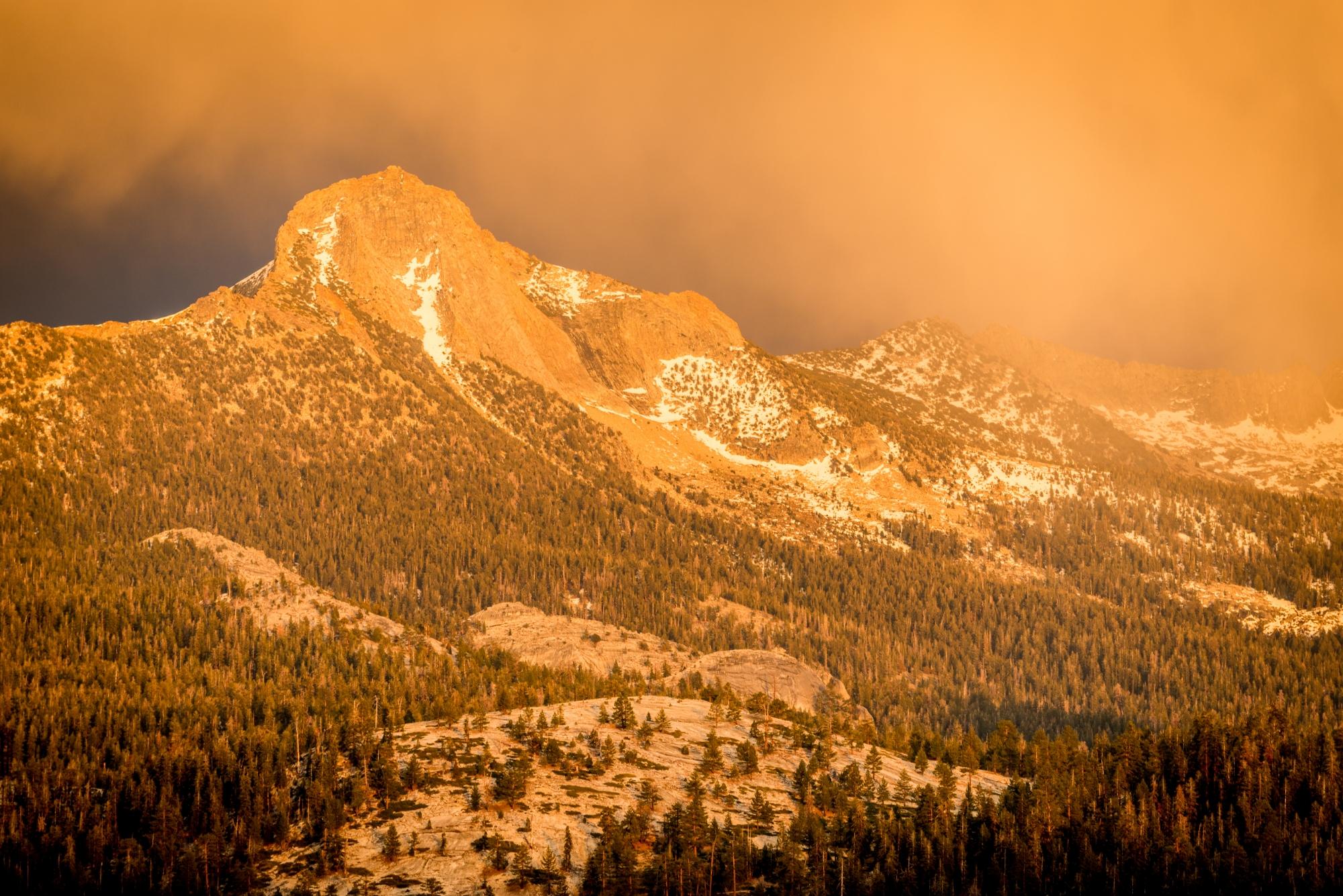 DSC5844 - Colorful Evening Light, Mount Clark, Yosemite