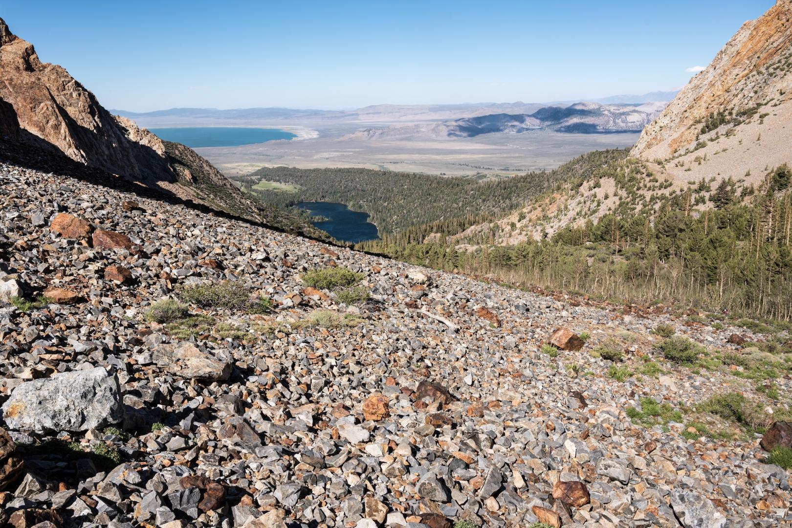 Eastern-Sierra-Scree-Slope-Mono-Lake_Z6Z2971