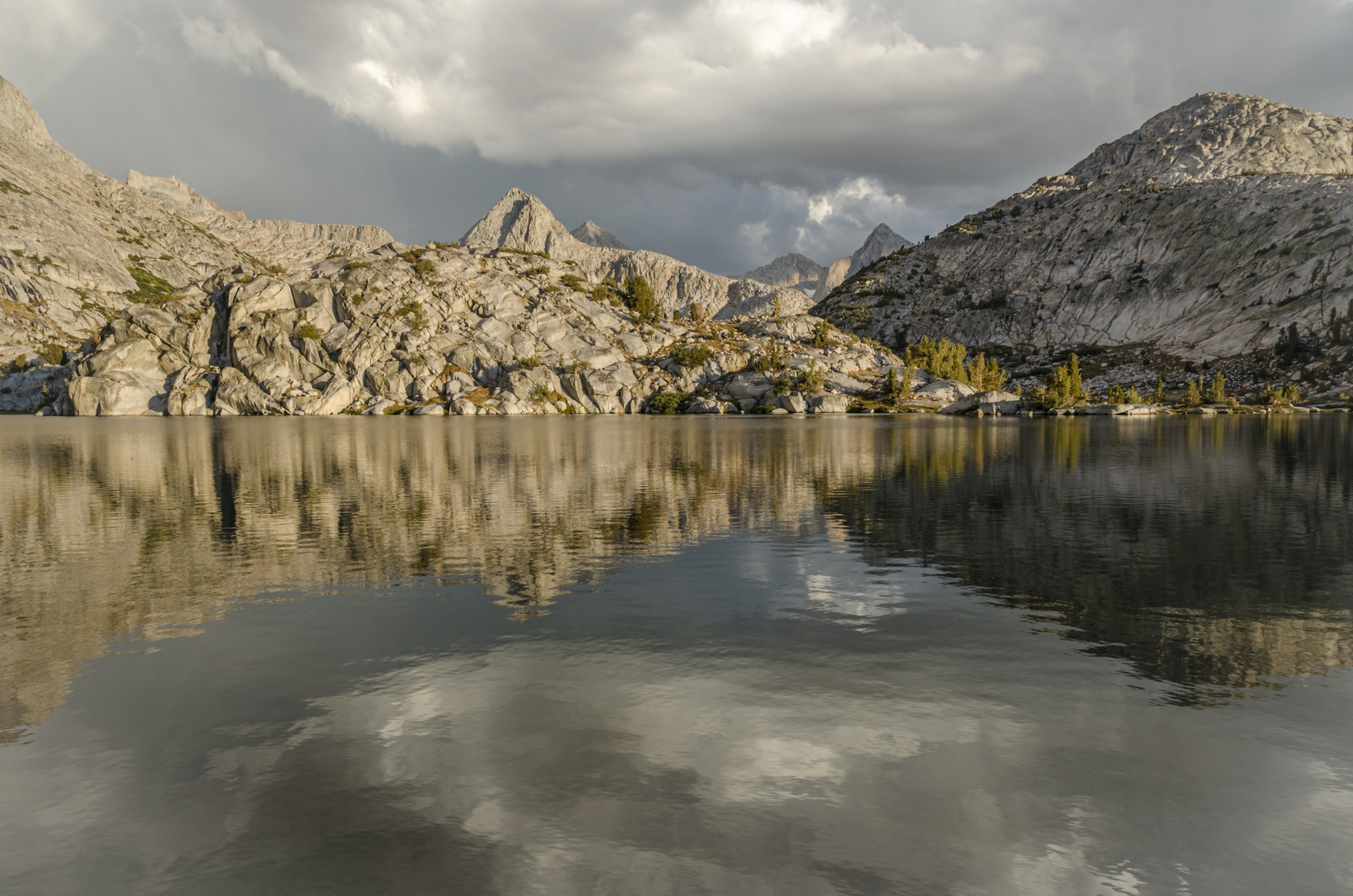 JMT2012_0822 Evolution Lake, Kings Canyon National Park
