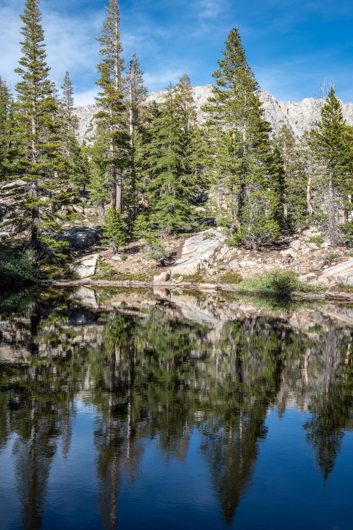 Relaxing-Spot-in-the-Eastern-Sierra_Z6Z2877