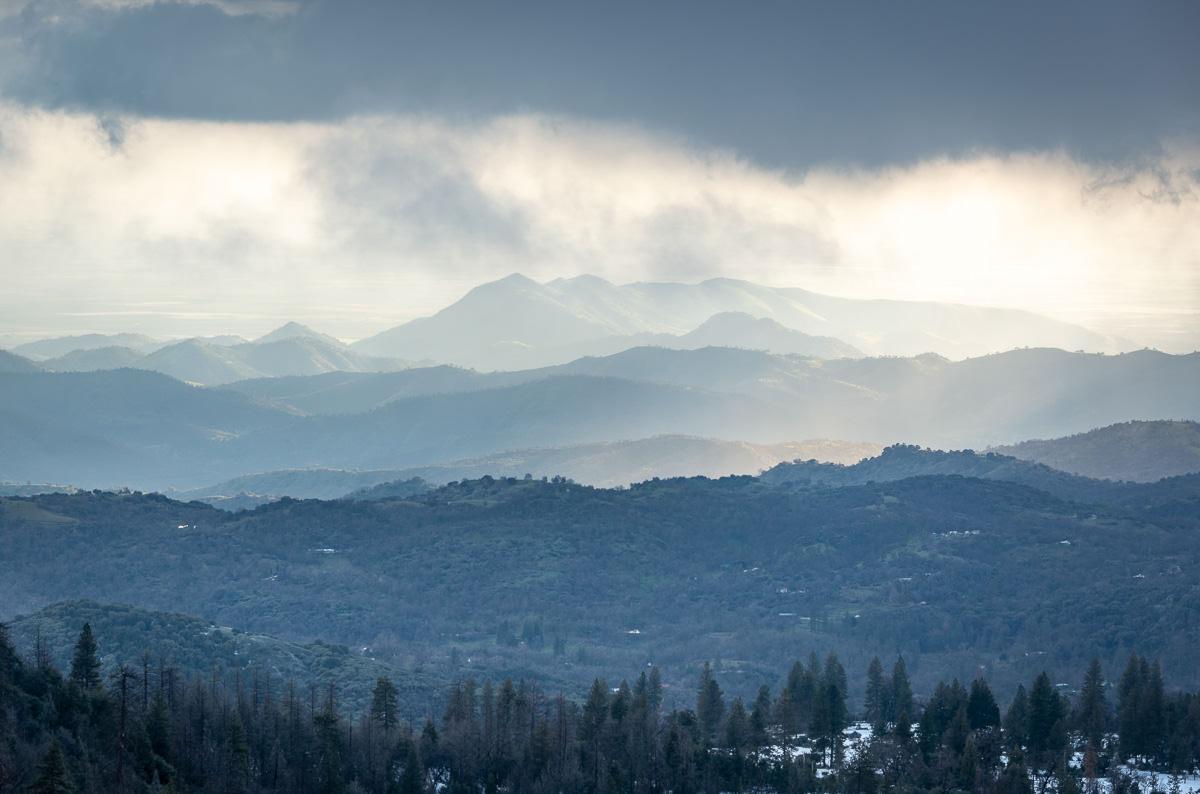 Winter vs Spring in the Sierra Nevada Foothills